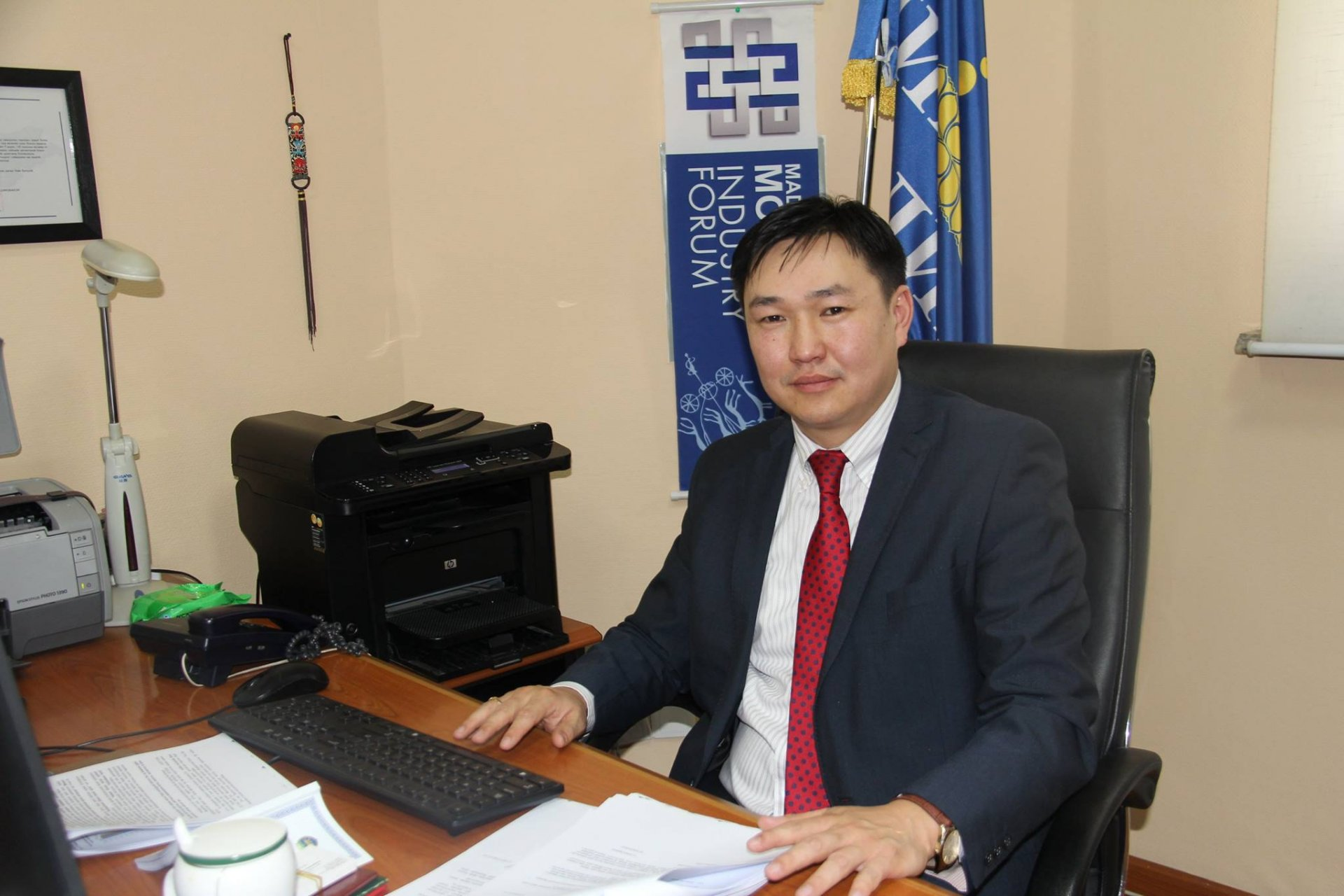 Монгол Улсын хөгжлийн бодлого төлөвлөлтөнд харилцаа холбооны салбар  чухал үүрэгтэй!