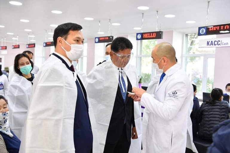 Ерөнхий сайд У.Хүрэлсүх эрүүл мэндийн салбарт хийж байгаа шинэчлэлүүдтэй танилцлаа