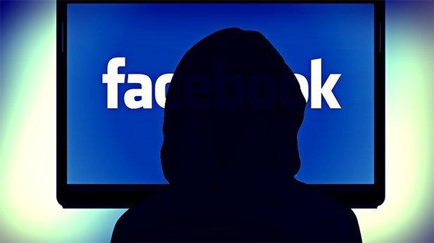 18 настай охин фэйсбүүкээр 350 гаруй хүнийг хохироожээ