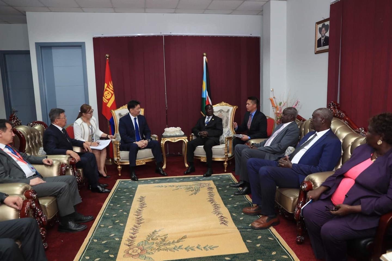 Ерөнхий сайд У.Хүрэлсүх Өмнөд Судан Улсын дэд Ерөнхийлөгчтэй уулзав