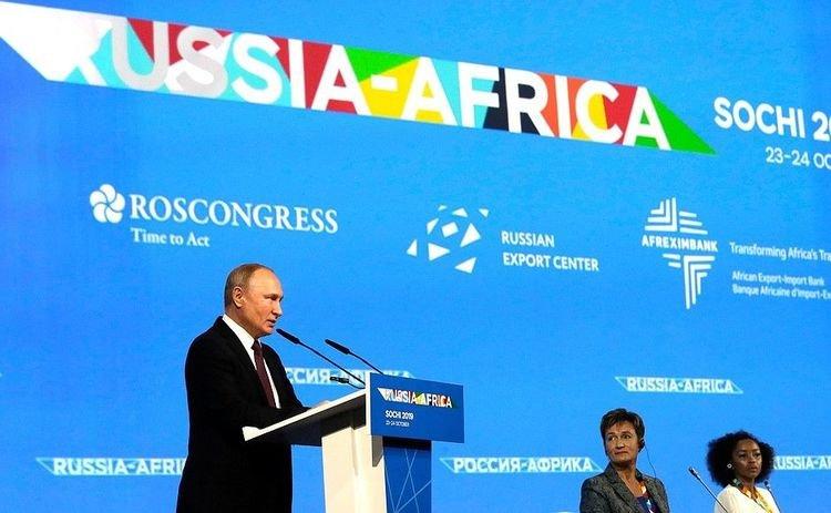 Путин Африкийн өрийг цайруулах болсон талаар мэдэгдлээ