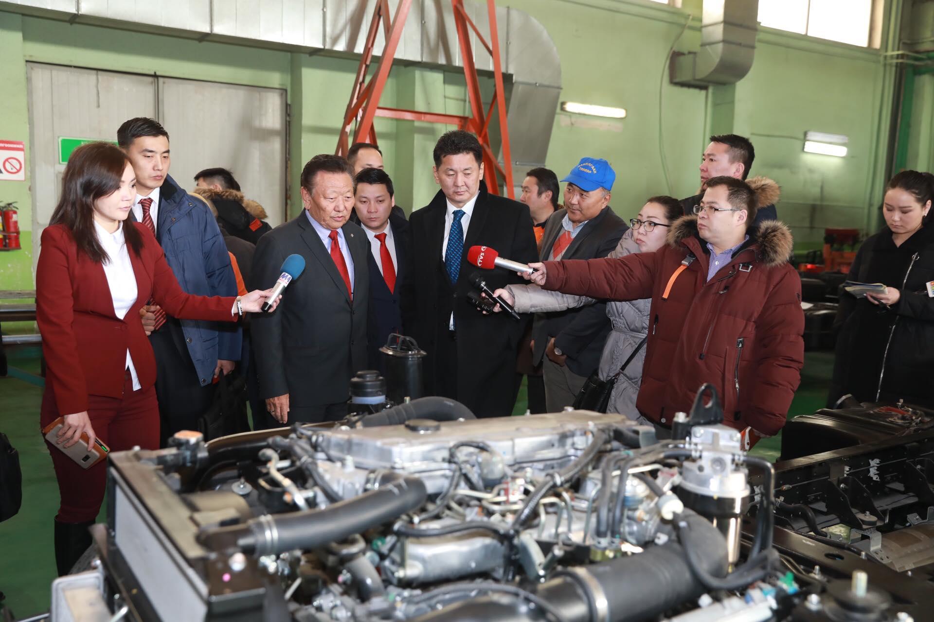 Ерөнхий сайд үндэсний үйлдвэрлэлээ дэмжсэн худалдан авалт хийхийг уриалав