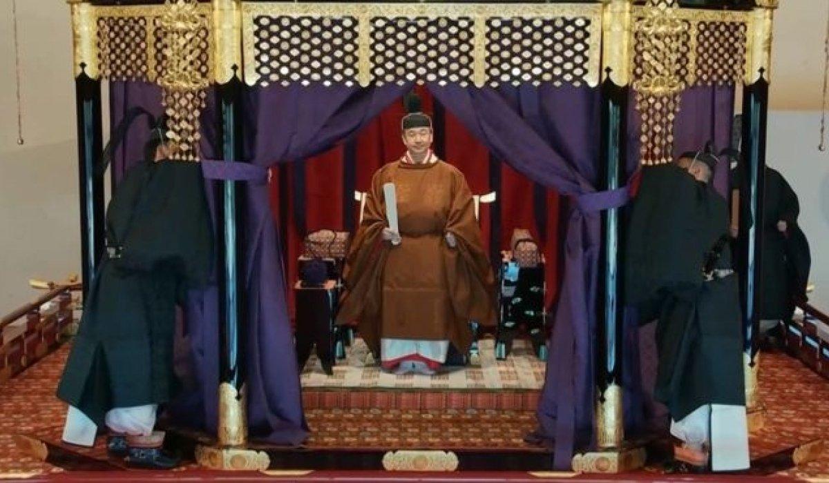 Японы эзэн хаан Нарухито хаан сэнтийд заларснаа албан ёсоор мэдэгдлээ