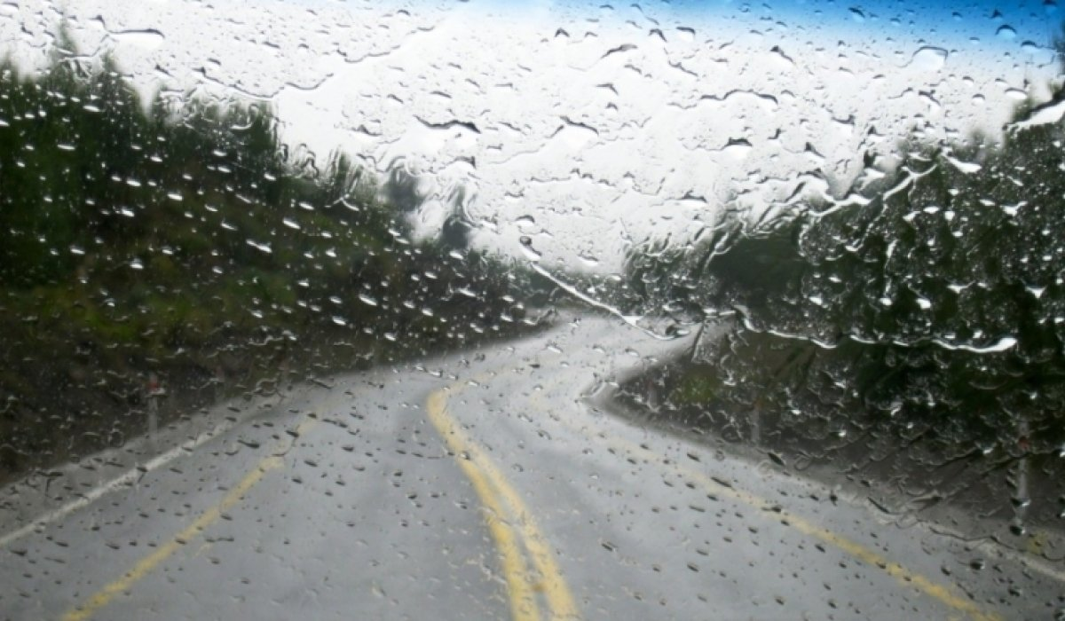 Амралтын өдрүүдэд нутгийн өмнөд хэсгээр халуун, хойд хэсгээр бороо элбэгтэй байна