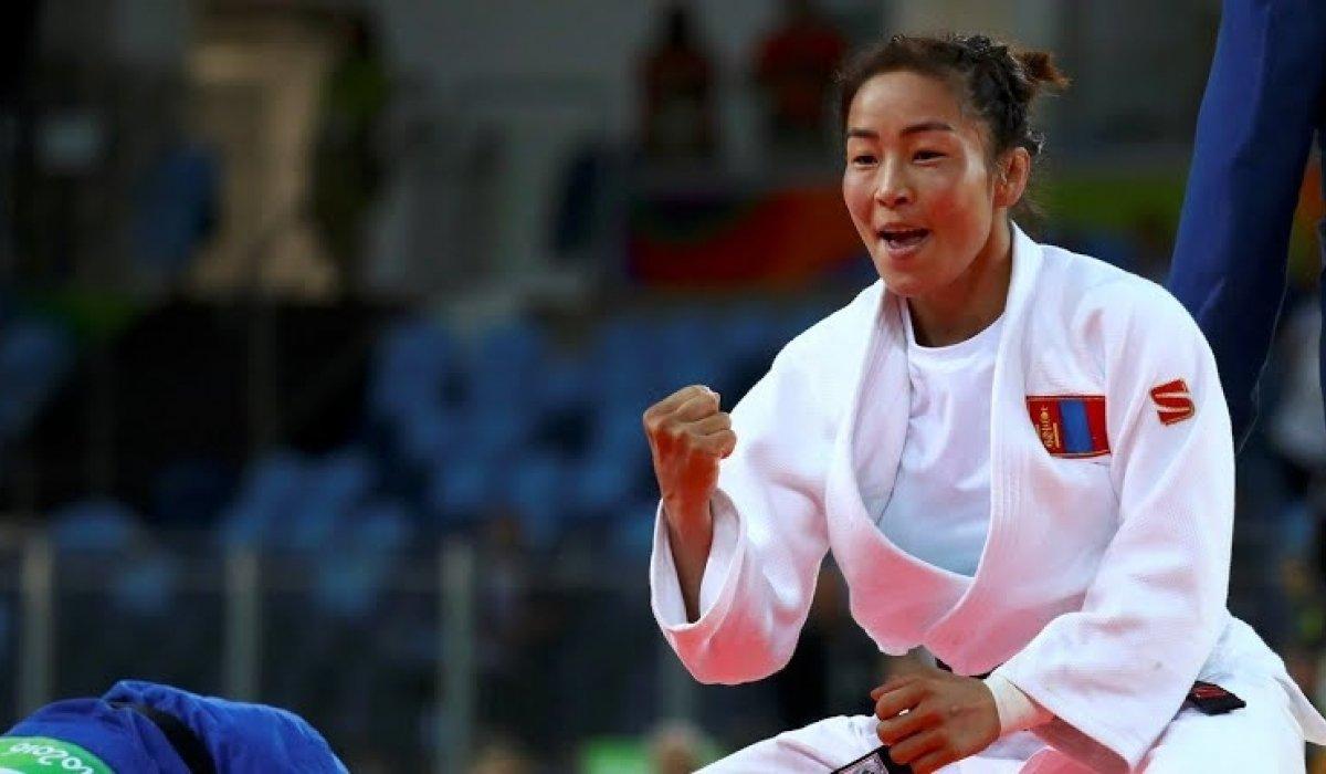 Д.Сумъяа хүрэл медаль хүртлээ
