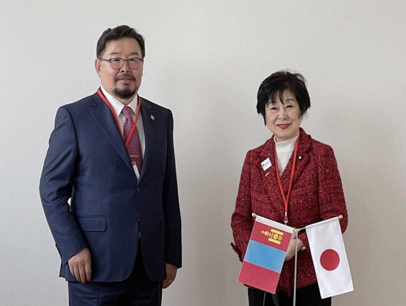 УИХ-ын дарга Г.Занданшатар Япон Улсын парламентын Зөвлөхүүдийн танхимын даргатай уулзав
