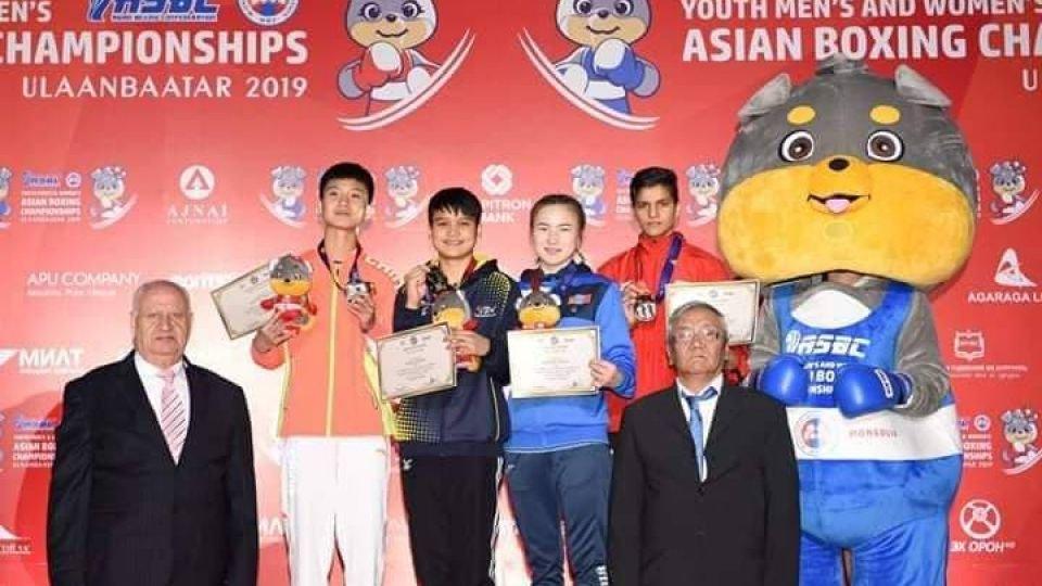 Ази, тивийн аварга шалгаруулах боксын тэмцээнээс хүрэл медаль хүртлээ