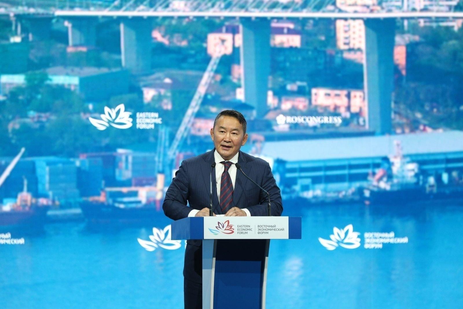 Ерөнхийлөгч Х.Баттулга Дорнын эдийн засгийн чуулганы өргөтгөсөн хуралдааны индрээс үг хэллээ