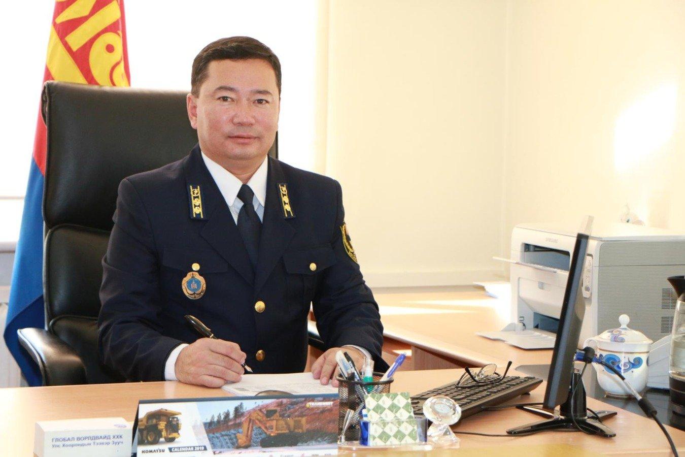 Г.Батмөнх: 700 кг үнэт чулууг УАЗ-469 машинд нуусан зөрчил илрүүлсэн