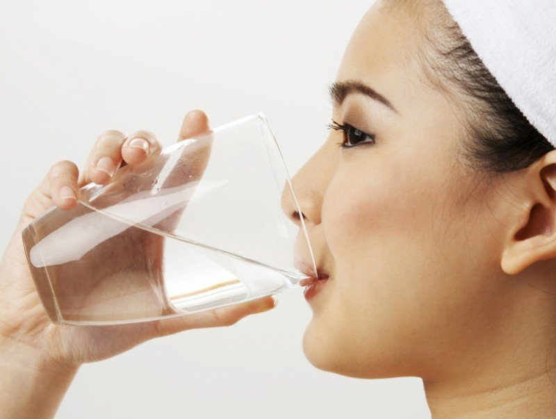 Өлөн элгэн дээрээ ус уухын ач тус