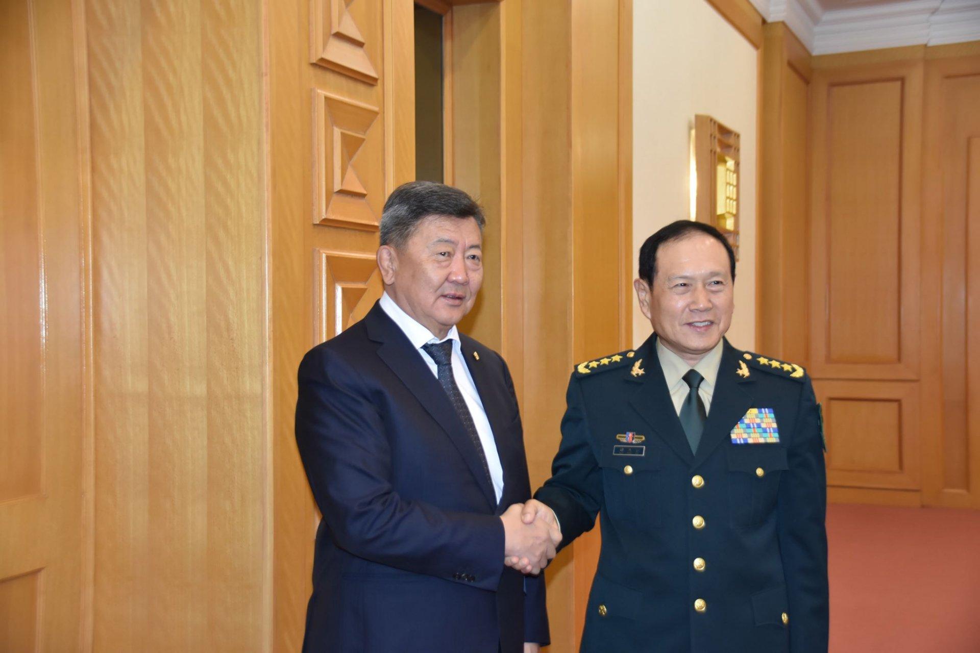 БНХАУ-аас Монгол Улсад зэвсэг техникийн тусламж үзүүлэх хэлэлцээрт гарын үсэг зурлаа