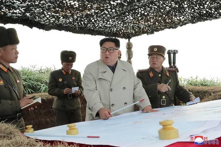 Ким Жон Ун Шар тэнгис дэх гарнизоны байлдааны бэлэн байдлыг шалгажээ