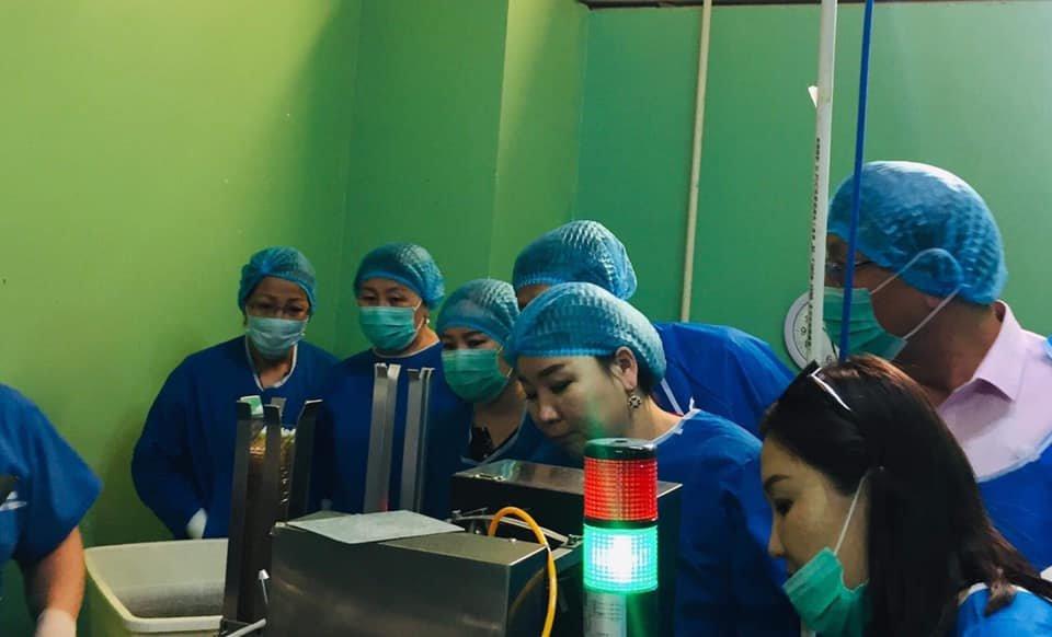 БГД-ийн эрүүл мэндийн нэгдлийн ажилчид Нахиа эмийн үйлдвэртэй танилцлаа