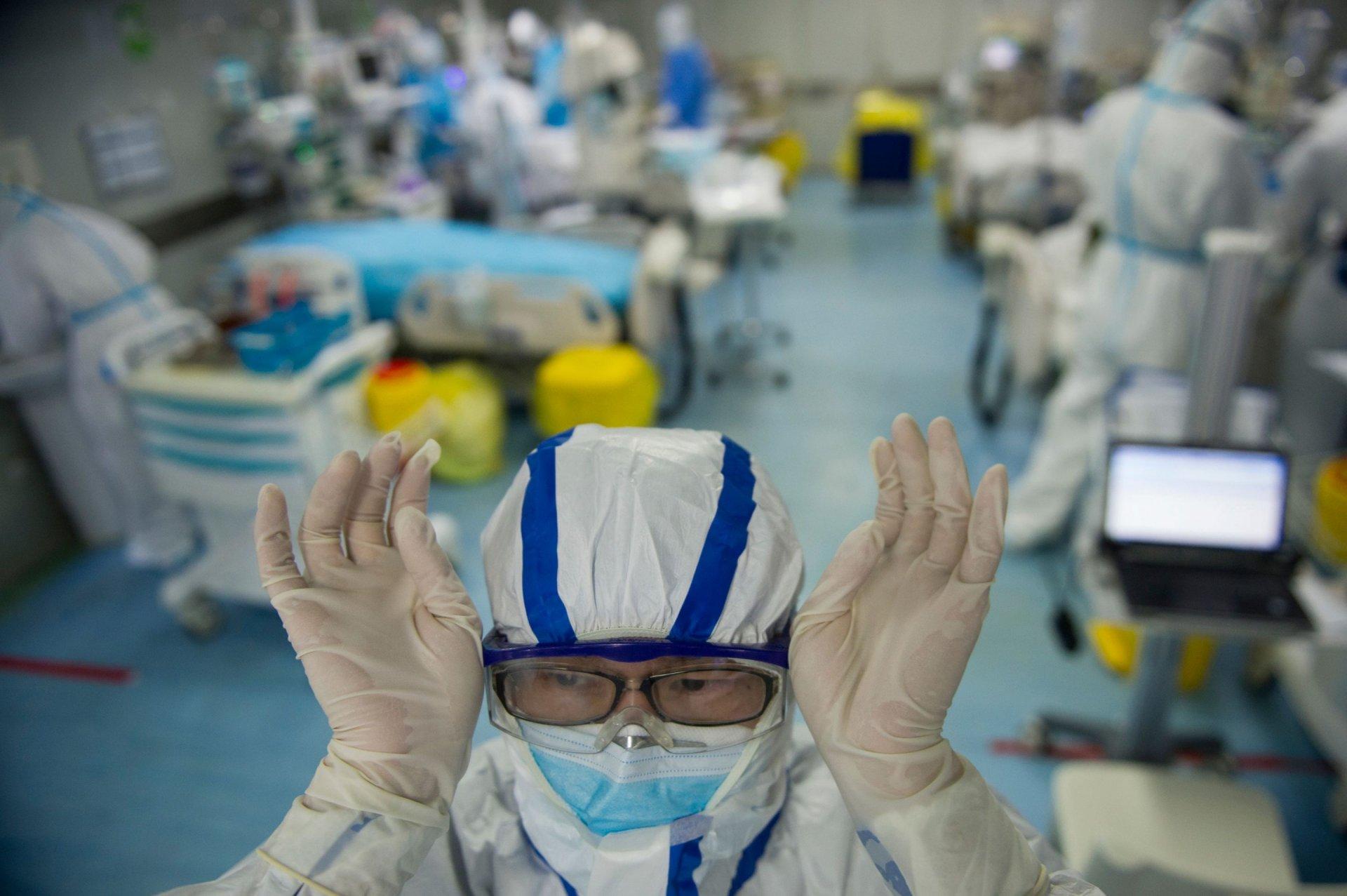 COVID-19 халдварын үед эрүүл мэндийн ажилтнуудын хөдөлмөрийн эрүүл мэнд, аюулгүй байдлыг хангах уриалга