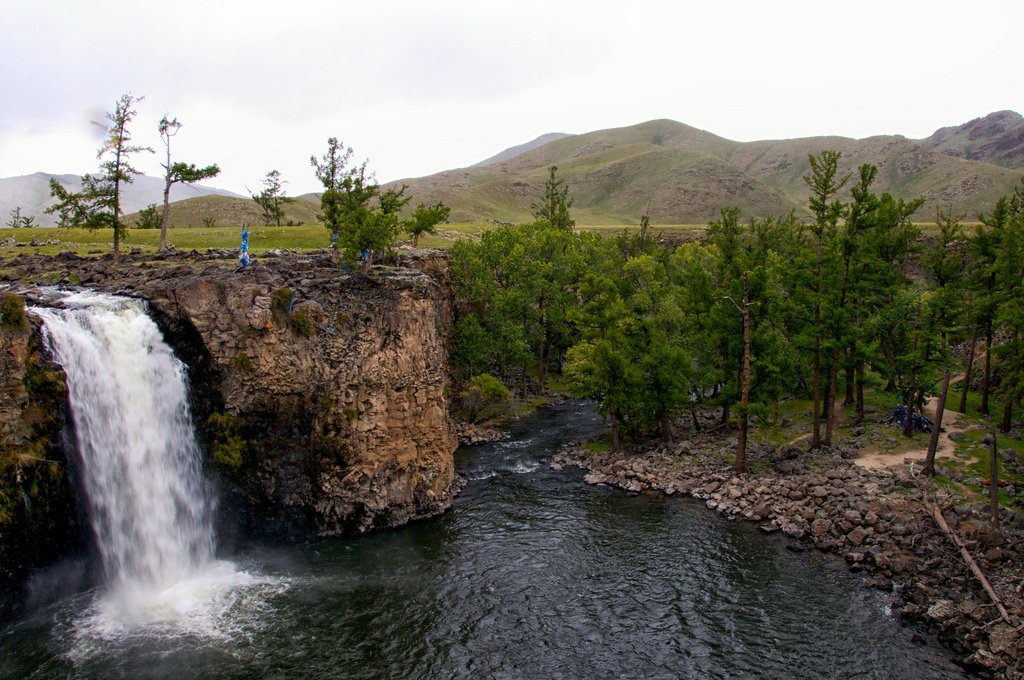 8 LAKES AND ORKHON WATERFALL