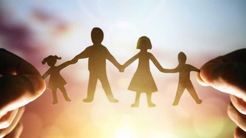 Хүүхдэдээ зөв харьцаагзааж өгөхийн тулд ямараргыг эцэг эхчүүд ашиглах вэ?