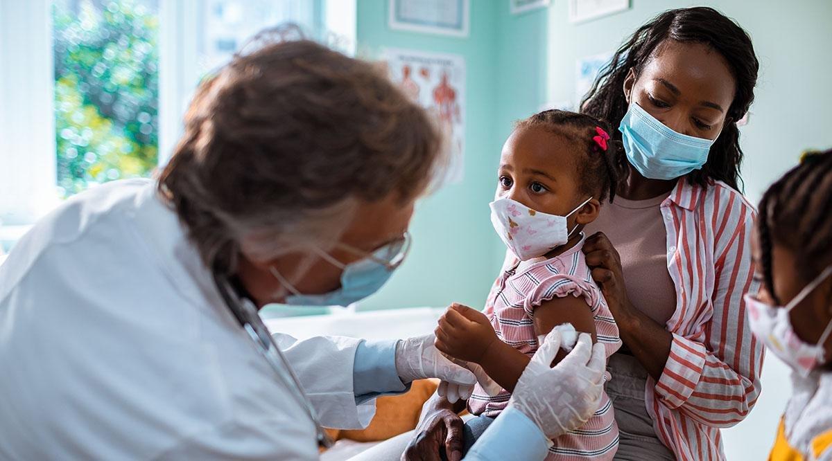 АНУ-ын Калифорни мужид вакцинд хамрагдсан сурагчид танхимаар хичээллэх боломжтой