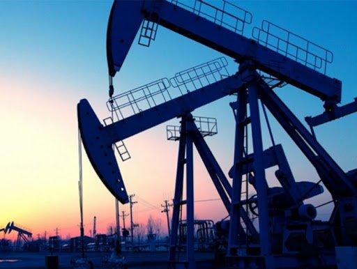 Дэлхийн зах зээлд нефтийн үнэ 30 америк доллар хүртэл буурч, олборлогч орнуудын үнийн дайн эхэлжээ