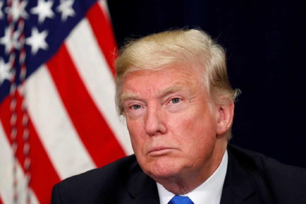Төлөөлөгчдийн танхим АНУ-ын ерөнхийлөгч Доналд Трампын суудлаас нь огцруулах тогтоолыг дэмжлээ