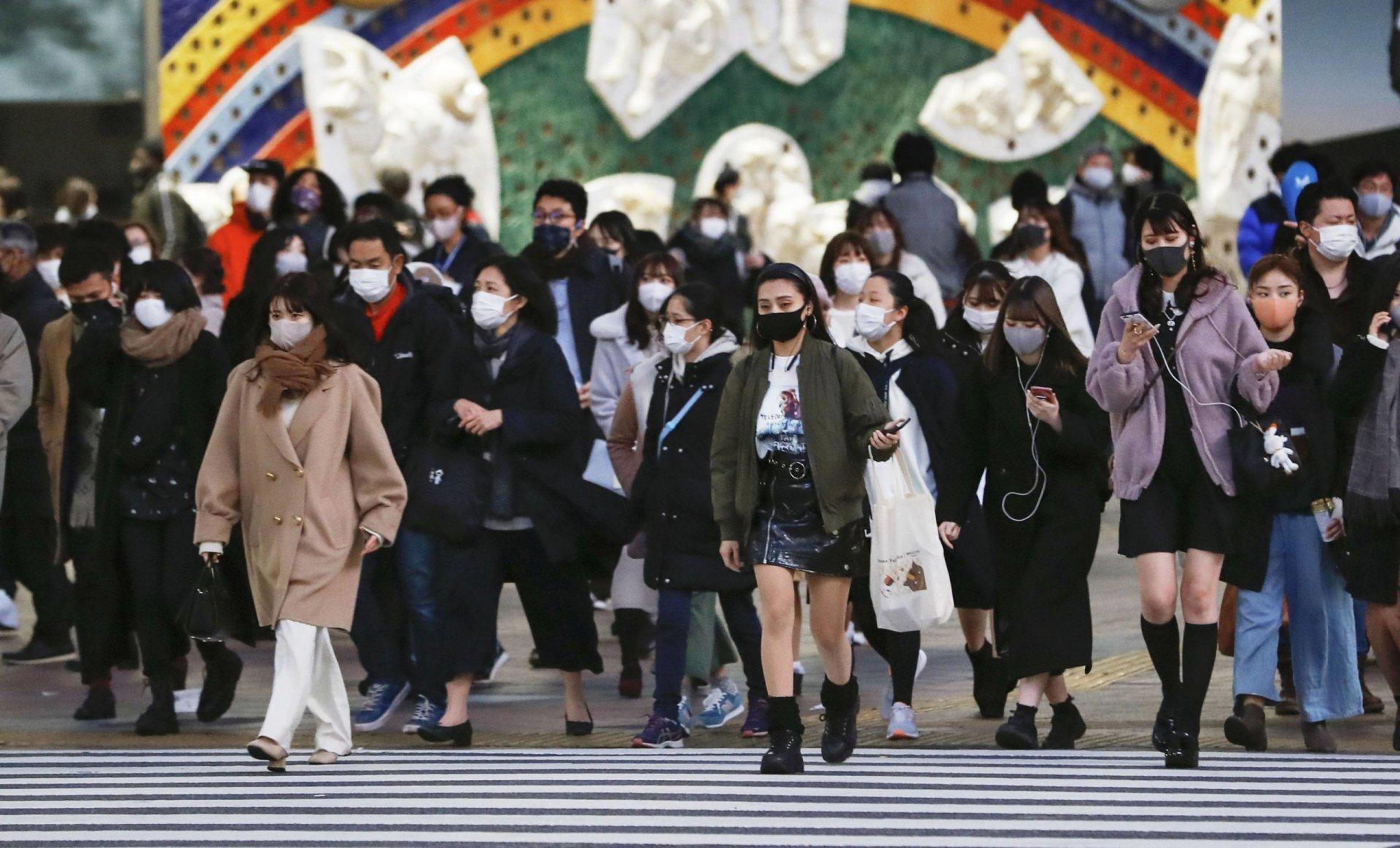 Япон улсын хүн амын нэг хүрэхгүй хувь нь вакцин хийлгэжээ