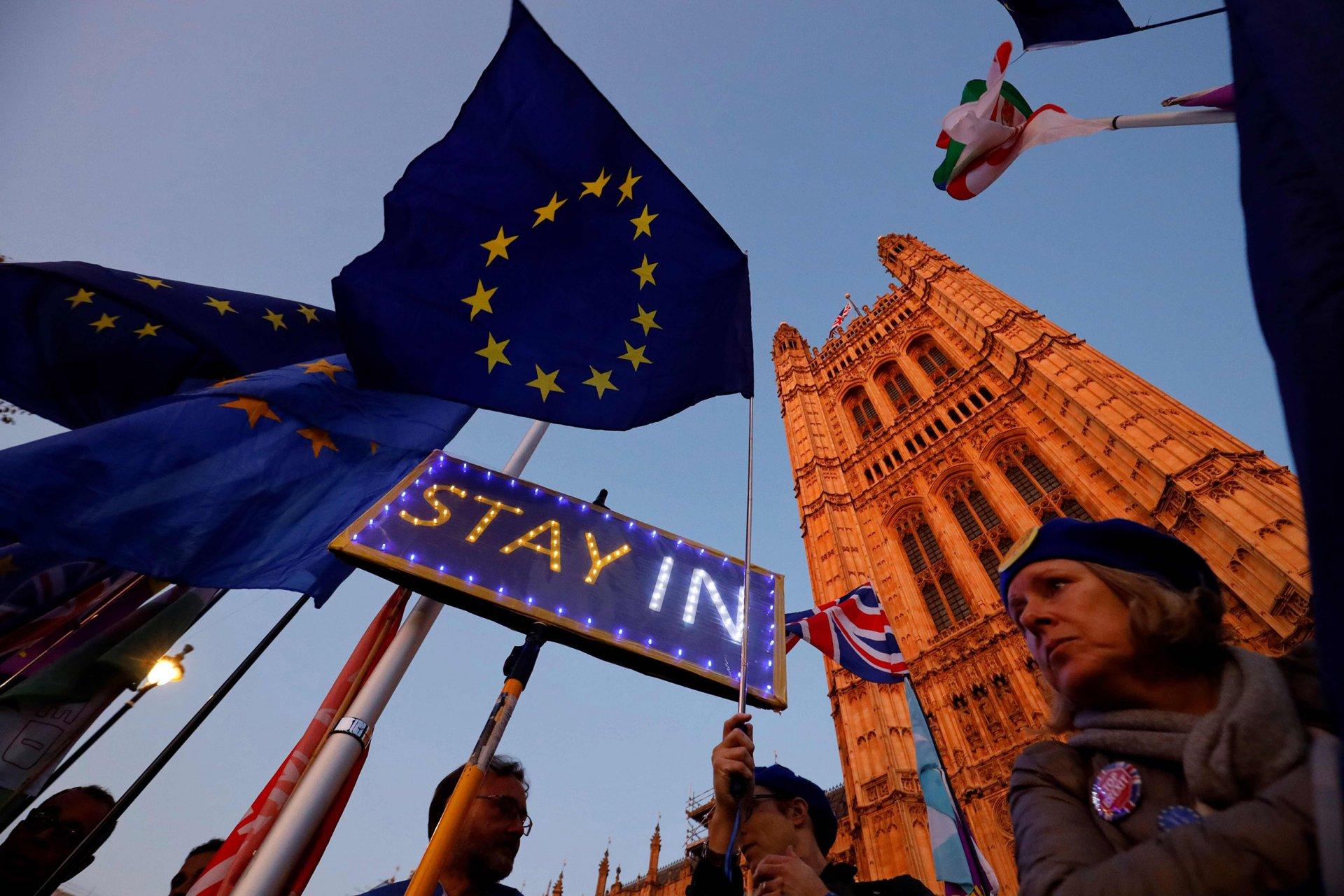 Европын холбооноос Брекситийн хугацааг дахин гурван сараар хойшлууллаа
