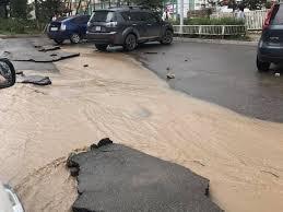 Ус зайлуулах шугамын стандарт байдаггүйгээс болж шинээр барьсан замууд борооны усанд амархан эвдэрч байна
