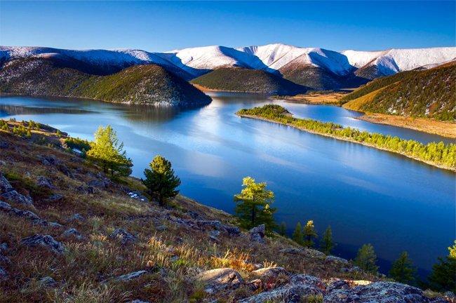 Зуны амралтаараа аялж болох Монголын үзэсгэлэнт газрууд
