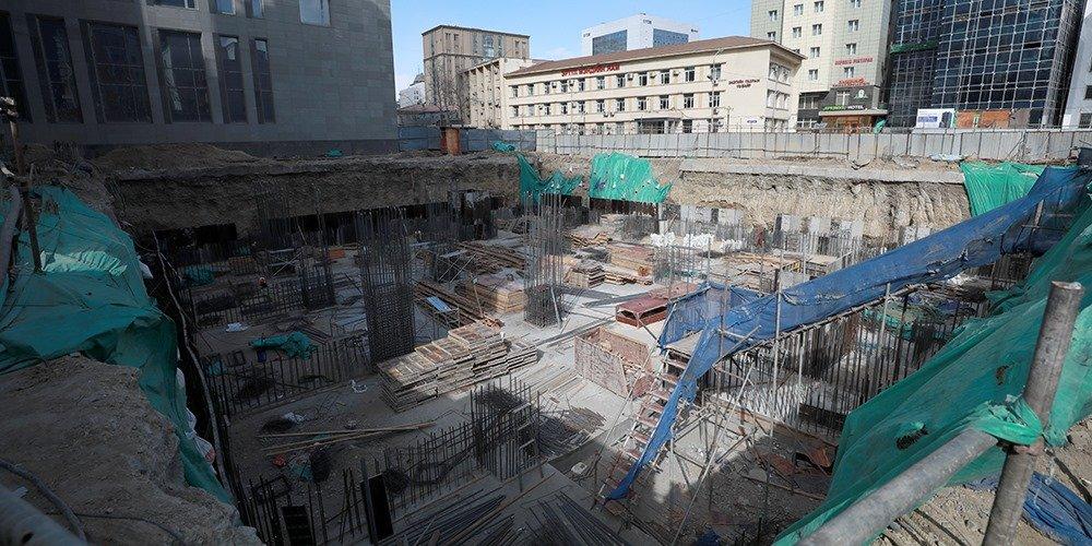 Хотын даргын шийдвэрээр Хэлмэгдэгсдийн музейн суурин дээр зөвшөөрөлгүй барилгын ажил эхлүүлсэн компанийн үйл ажиллагааг зогсоолоо