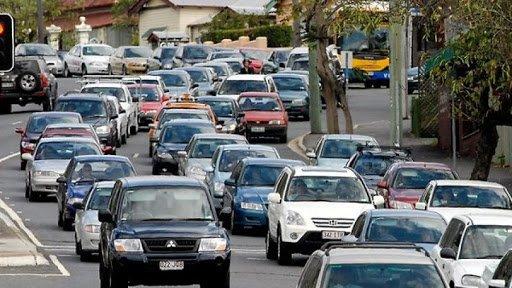 Энэ сард 2, 7-гоор төгссөн улсын дугаартай автомашин татвараа төлнө