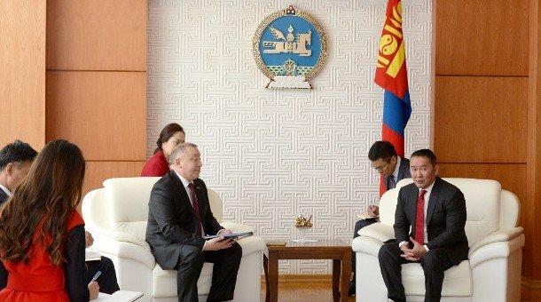 Бүгд Найрамдах Казахстан улсаас Монгол Улсад суух Элчин сайд Жалгас Адылбаев Итгэмжлэх жуух бичгээ өргөн барив