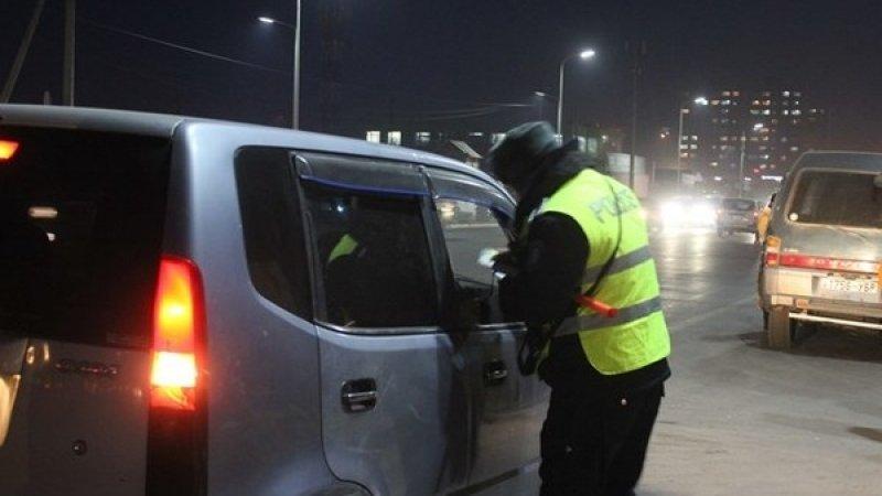 Амралтын өдрүүдэд жолооч 97 согтуугаар тээврийн хэрэгсэл барьжээ