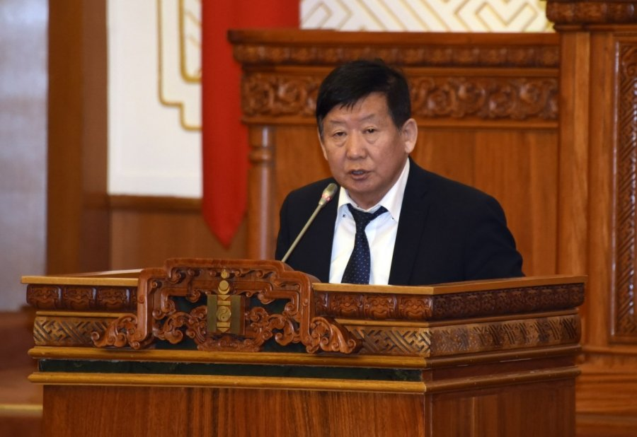 Монгол Улсын Үндсэн хуульд оруулах нэмэлт, өөрчлөлтийн төслийг өргөн барив