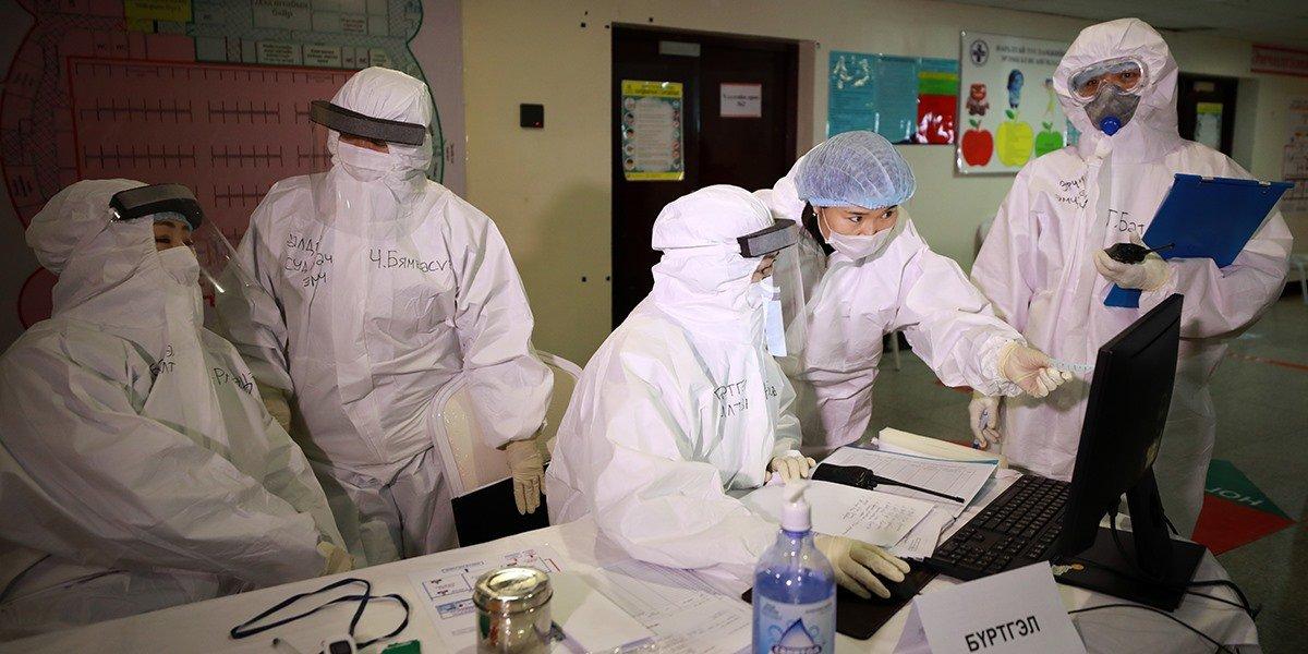 """""""Яармаг-100"""" эмнэлэгт 270 эмч, эмнэлгийн мэргэжилтнүүд дадлага сургуулилалт хийж байна"""