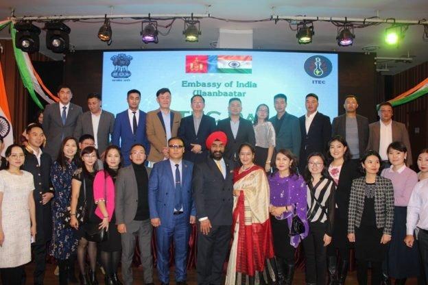 """Энэтхэгийн Засгийн газраас хэрэгжүүлсэн """"ITEC хөтөлбөрт"""" 3500 гаруй ажилтан хамрагджээ"""