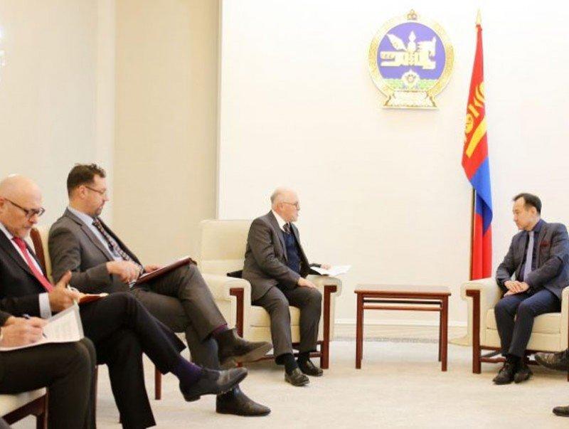 Монгол Улсад суугаа зарим орны Элчин сайд нарыг хүлээн авч уулзлаа