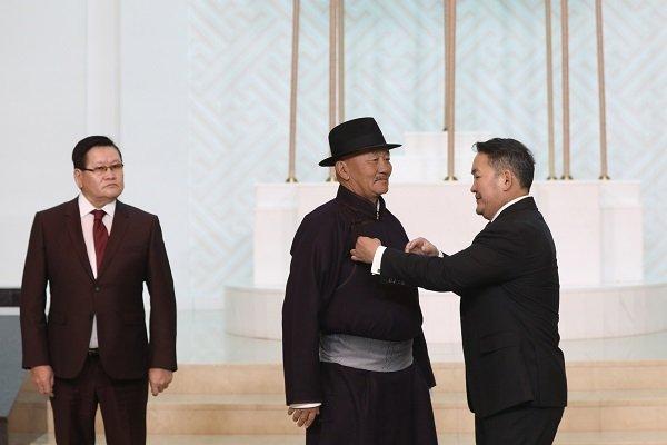 Монгол Улсын Ерөнхийлөгчийн зарлигаар Л.Мягмарсүрэнд Монгол Улсын Гавьяат цол хүртээв
