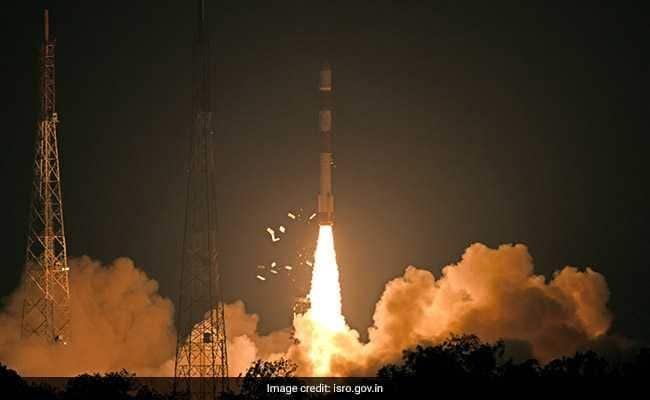 RISAT-2B тагнуулын хиймэл дагуулыг дэлхийн тойрог замд амжилттай оруулжээ