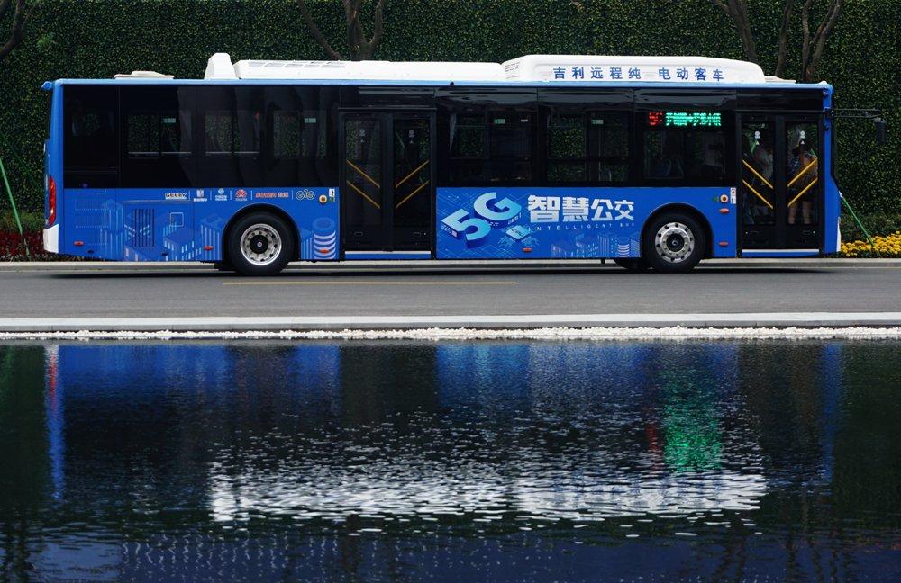 Хятадад 5G технологи бүхий автобус нэвтрүүлжээ