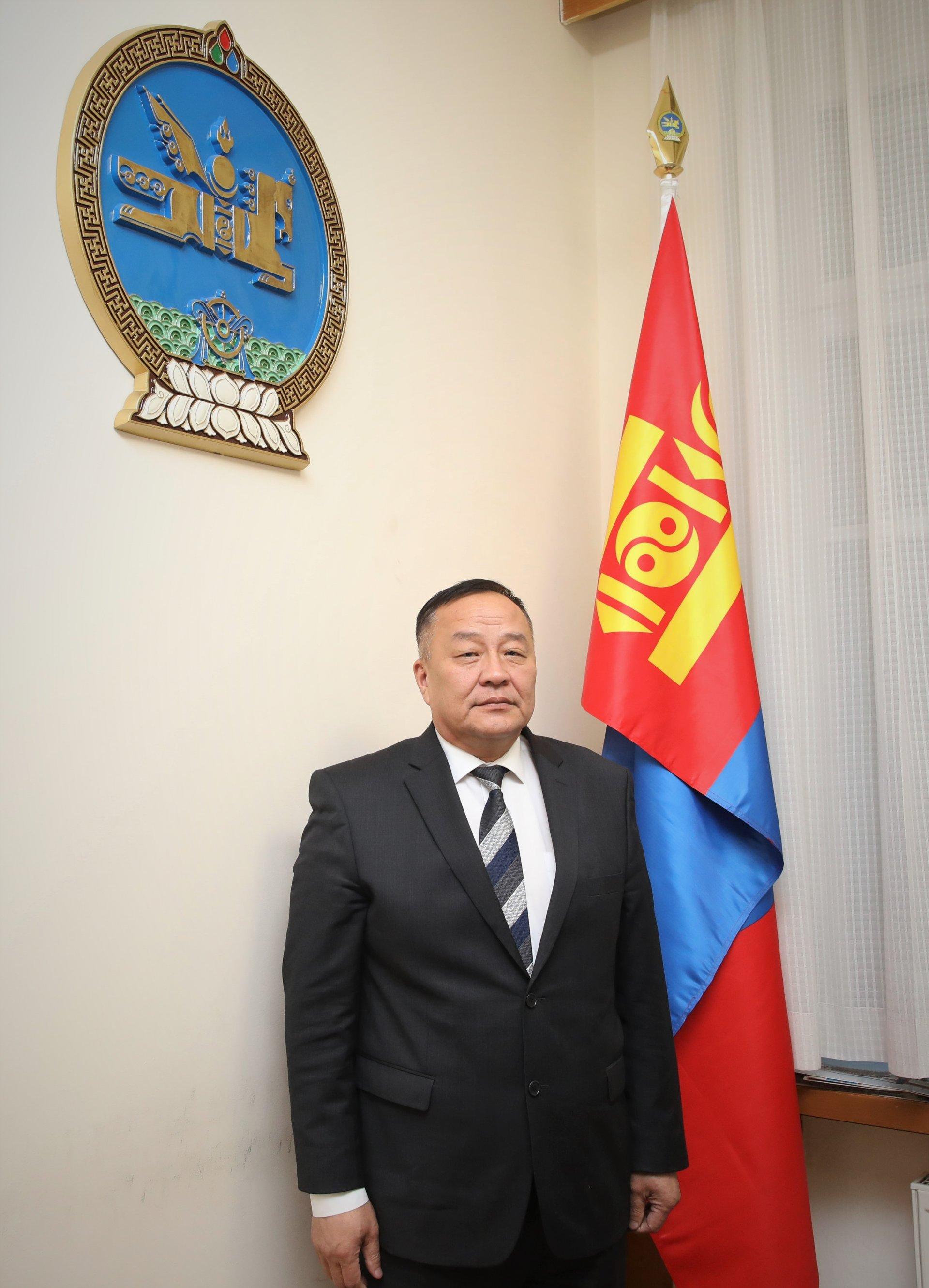Монгол Улсаас Оросын Холбооны Улсад суух Онц бөгөөд Бүрэн эрхт Элчин сайдаар Дуламсүрэнгийн Давааг томиллоо