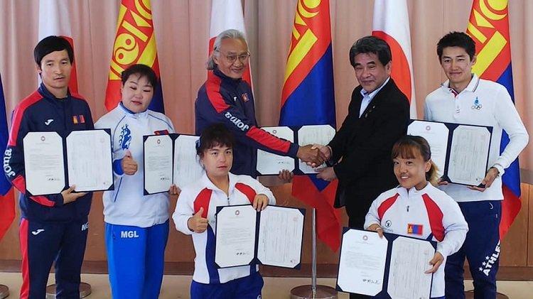 Монголын паралимпын тамирчид Япончуудын хандиваар эх орондоо ирэхээр болжээ