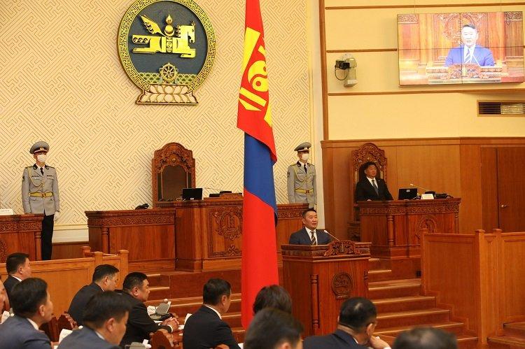 Монгол Улсын Ерөнхийлөгч Х.Баттулга УИХ-ын Анхдугаар чуулганы нэгдсэн хуралдааныг нээж үг хэллээ