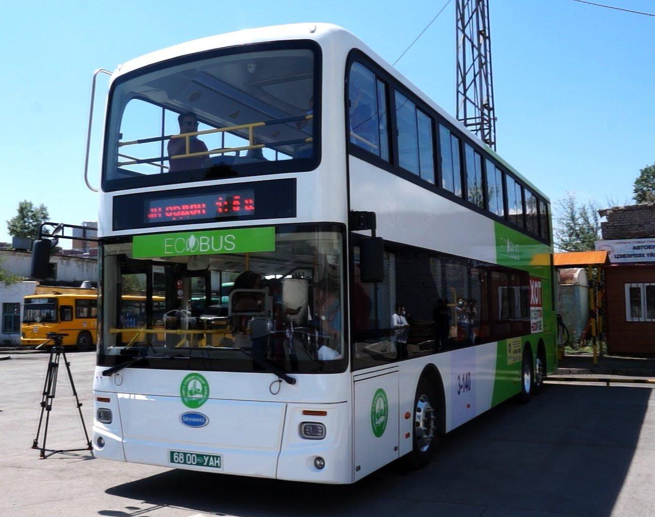 Нийтдээ 70 хүний суудалтай, хоёр давхар цахилгаан автобус нийслэлчүүдэд үйлчилж эхэллээ