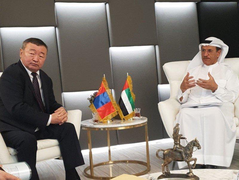 Сайд Х.Баделханыг Арабын Нэгдсэн Эмират Улсын эдийн засгийн асуудал хариуцсан сайд хүлээн авч уулзлаа