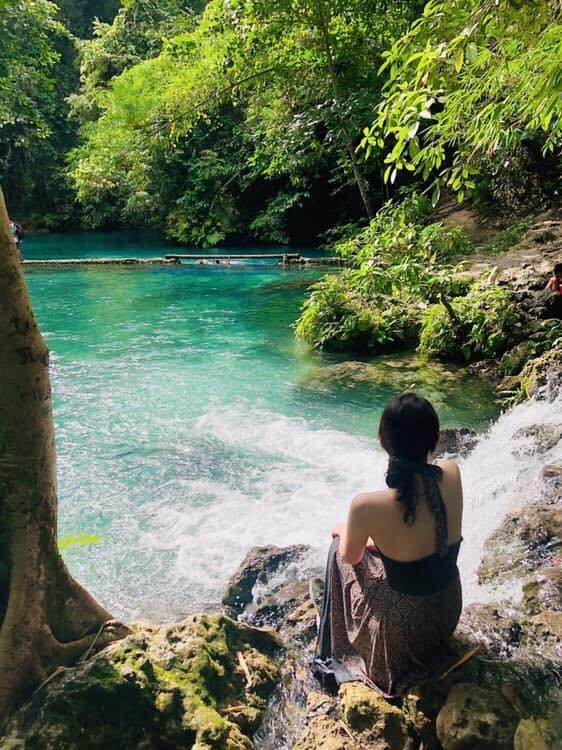 Малапаскуа арал кокосын моддоор дүүрэн,тунгалаг устай, өдөржингөө далайн эрэг дээр нь хэвтээд баймаар