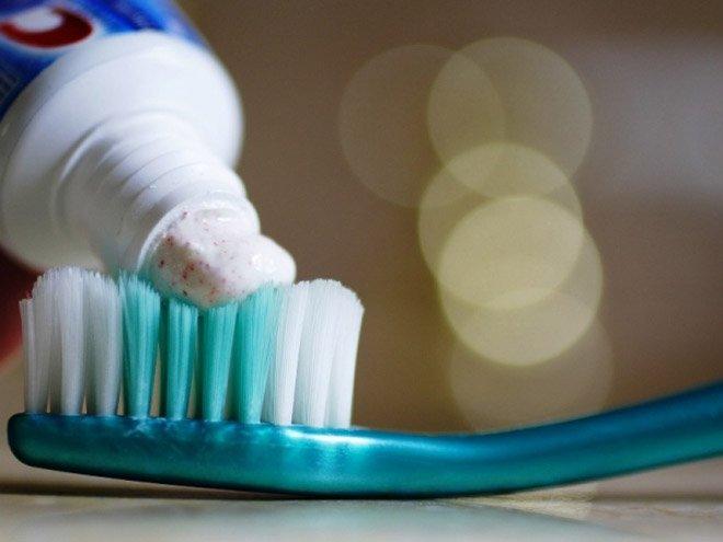 Та ямар өнгийн шүдний 00 хэрэглэдэг вэ?