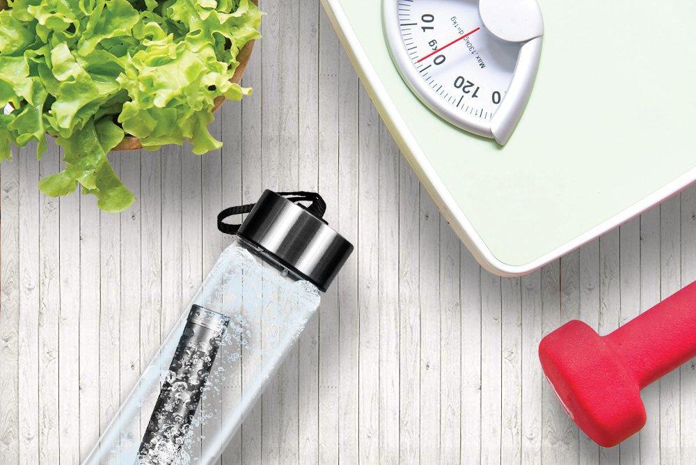 Ус уух нь таныг жингээ хасахад хэрхэн нөлөөлдөг вэ?