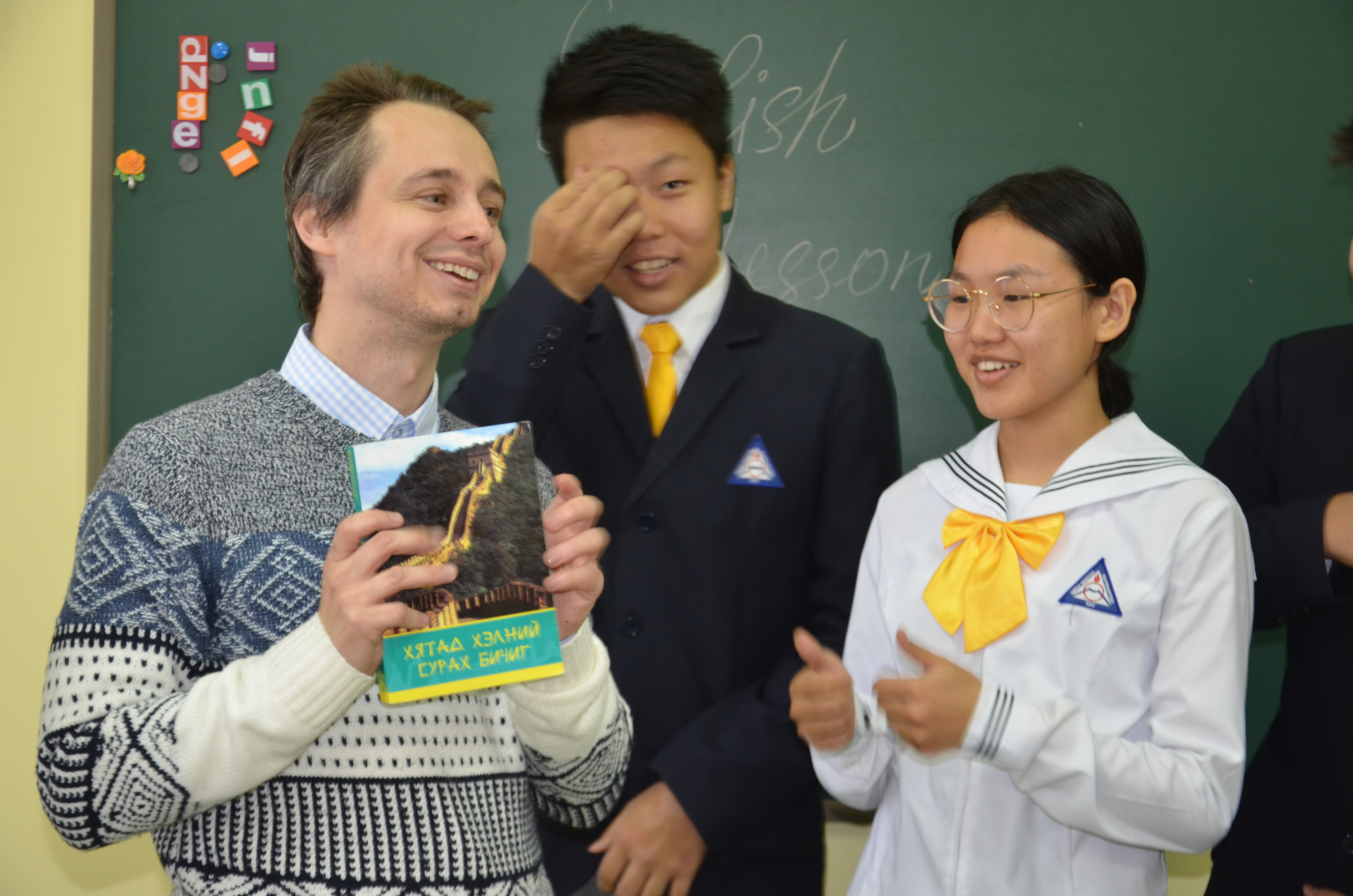 """Хендрикс Николас Кайль Шинэ Монгол соёл"""", """"Шинэ ертөнц""""-өд орж ирсэн юм шиг л таатай байна"""