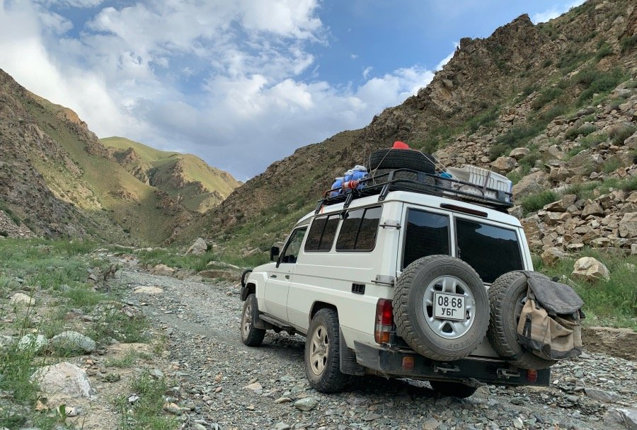 LAND CRUISER 78. DRIVING BEYOND ALL EXPECTATIONS