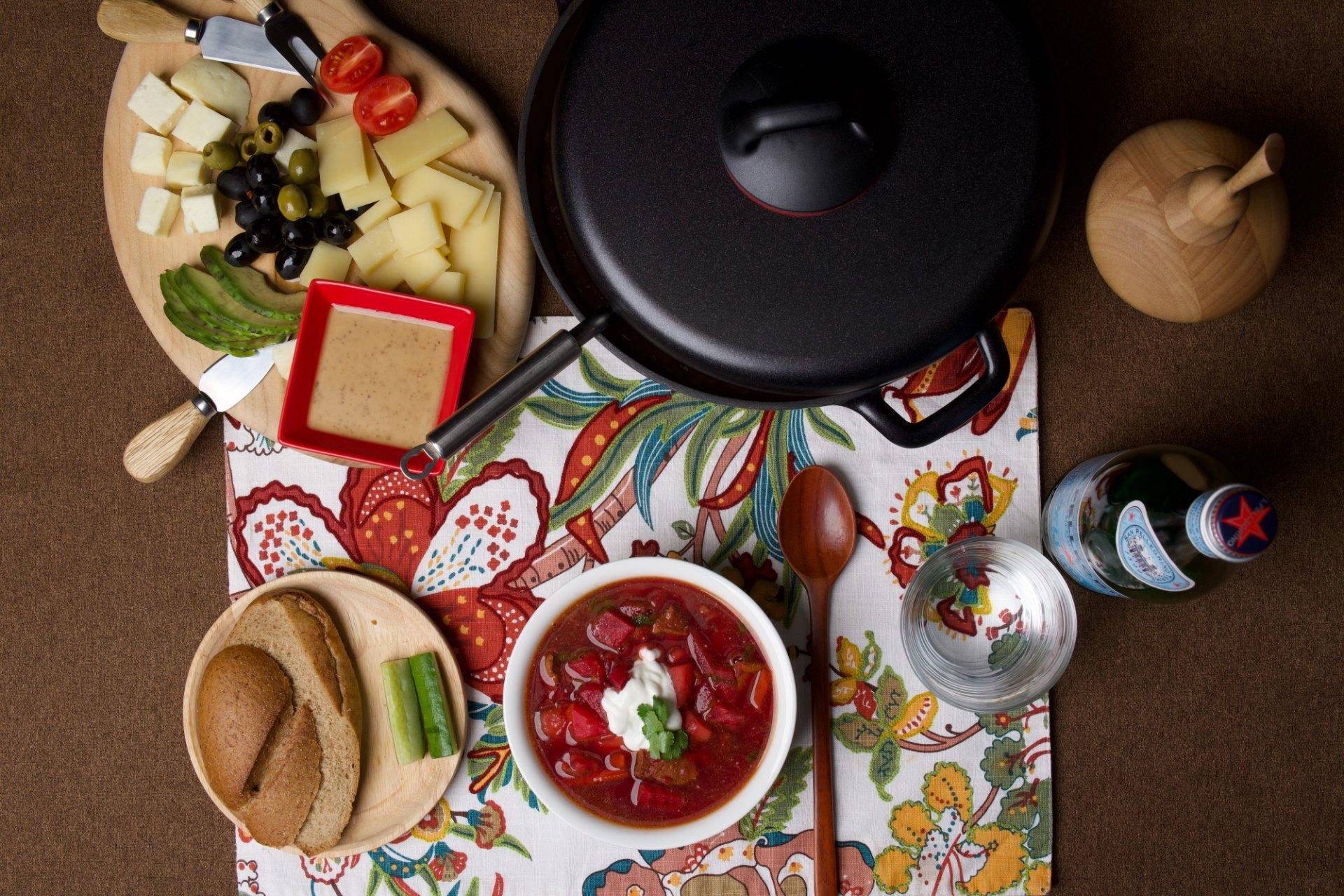 RUSSIAN STYLE RED BEET BORSCHT SOUP