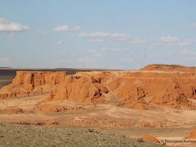 Flamming Cliffs in the Gobi Desert